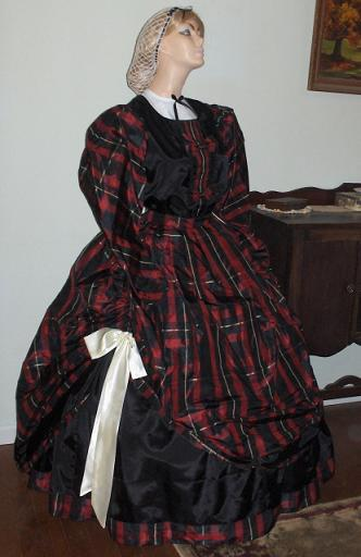 1830's dresses and gowns for ladies